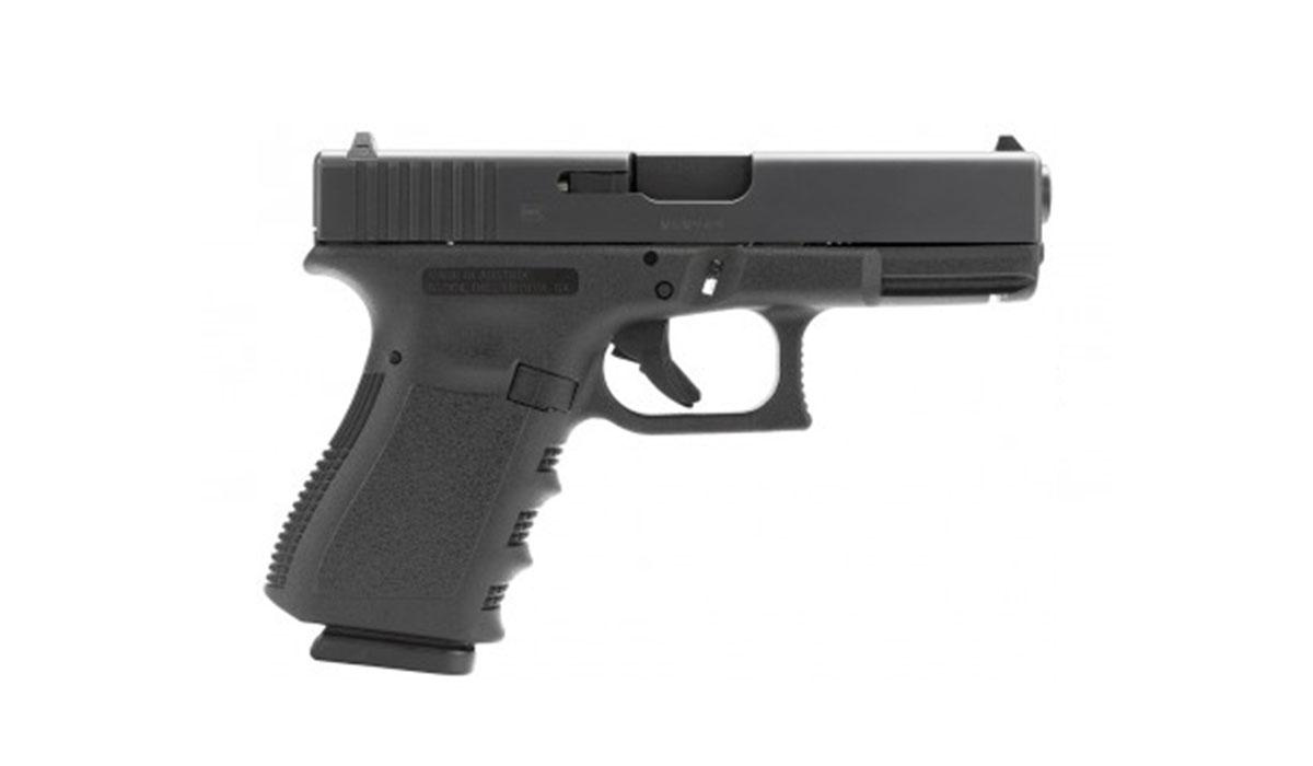 Glock 19 Gen 3 w/ AmeriGlo Fiber Optic Sights – $399.99